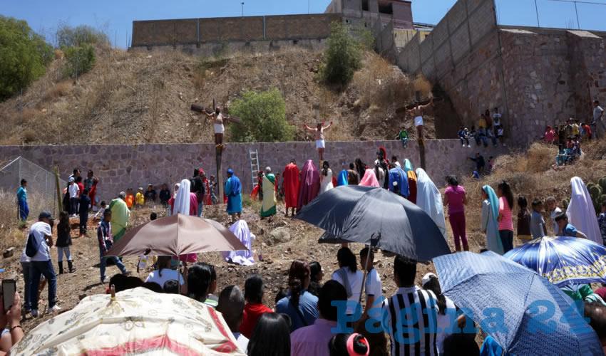 Fueron 14 estaciones donde se representaba un episodio de la pasión de Cristo (Foto Merari Martínez)