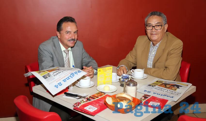 En el restaurante Mitla almorzaron Rubén Ramos Ortiz y Armando Romero Rosales, delegado de Gobernación en Aguascalientes
