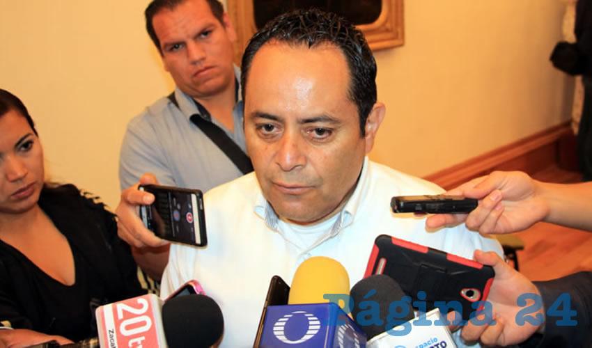 """Antonio Caldera Alaniz, titular de la PC Estatal: """"Se está trabajando en conjunto con la SSZ para emitir las recomendaciones necesarias a la ciudadanía"""" (Foto Rocío Castro)"""