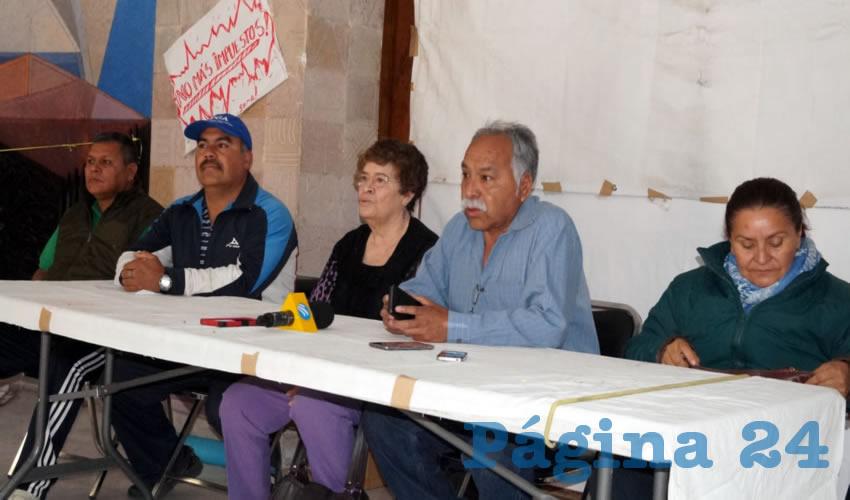 """Socorro Estrada, manifestante: """"No más nos han dado atole con el dedo"""" (Foto Merari Martínez Castro)"""