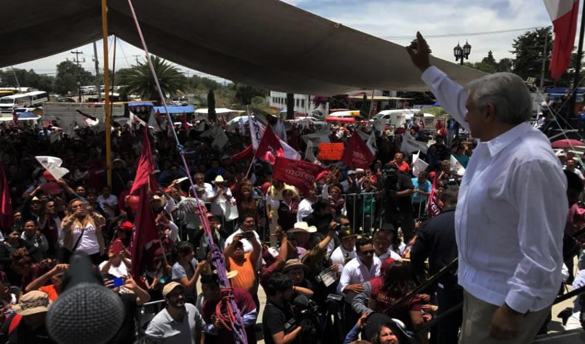 AMLO da a Conocer las Denuncias que  Existen en PGR Contra Yunes Linares