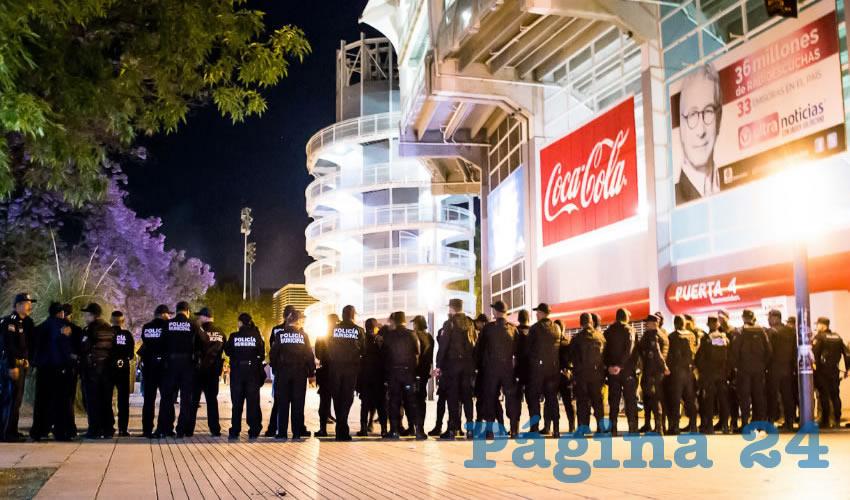 Integrantes operativos de la Secretaría de Seguridad Pública vigilarán las inmediaciones del estadio Victoria