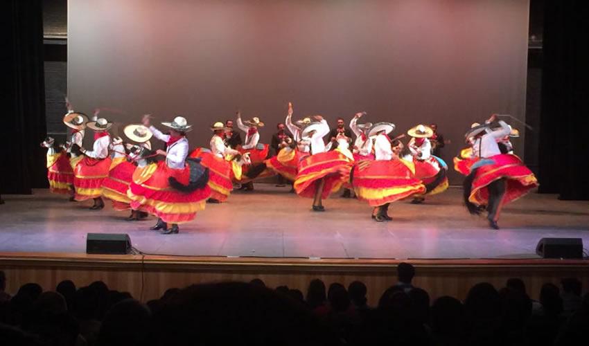 """El ballet de la Seduzac se presentó con una función de gala en el Teatro """"Ramón López Velarde"""" (Foto: Alberto Núñez Hernández)"""