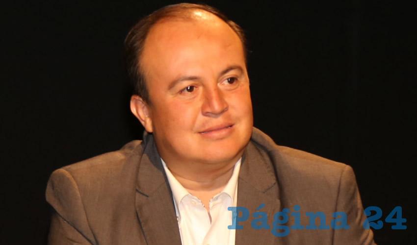 "Felipe González Ramírez ...""la gente se mata por falta de empleo""..."