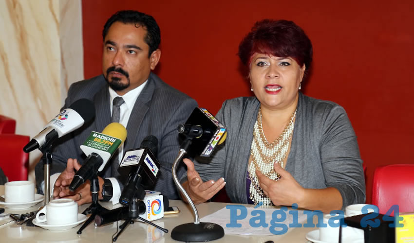 Rueda de prensa abogados (Foto: Eddylberto Luévano Santillán)