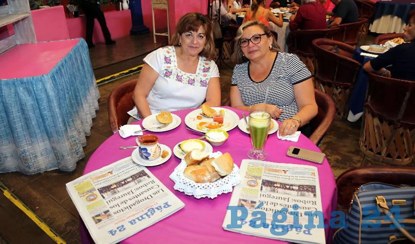 En La Saturnina compartieron el pan y la sal Martha Padilla Amador y Nidia Cruz Rodríguez, que nos visitan de Cancún