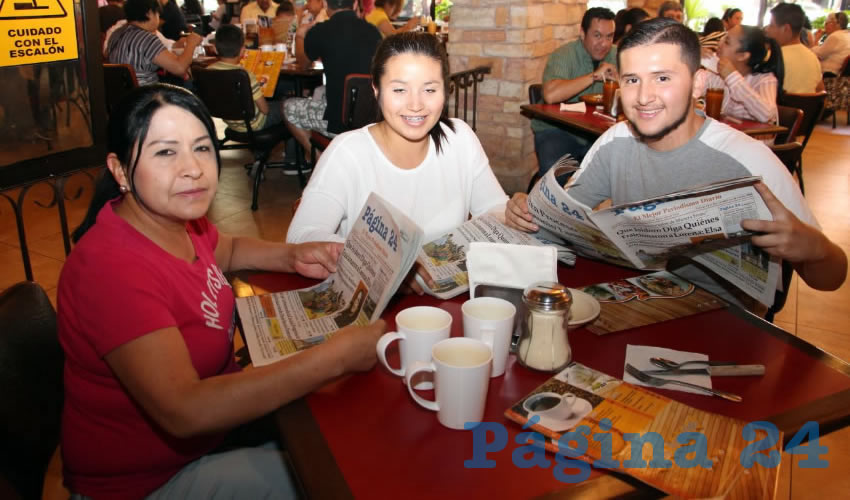 Esmeralda Contreras, Marisel Díaz y Raúl Gallo almorzaron en el restaurante Las Antorchas