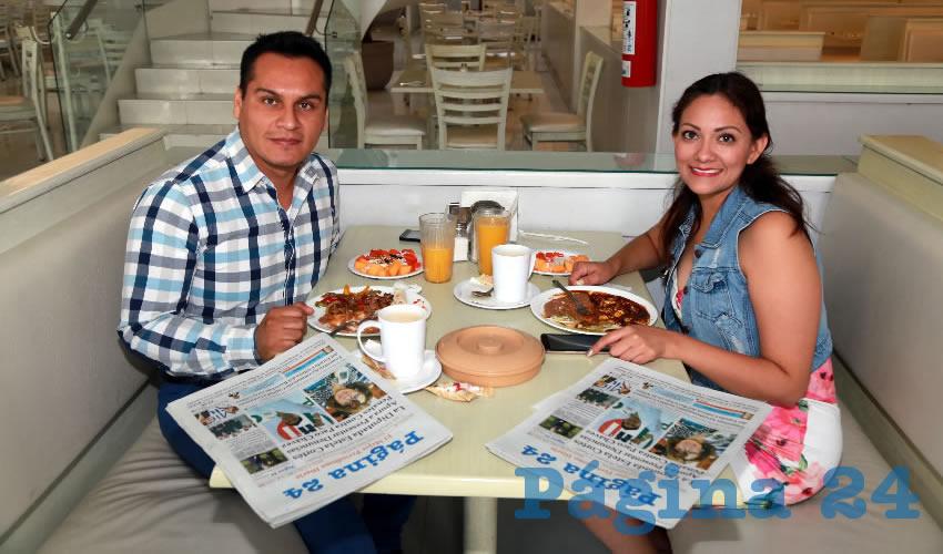 En el restaurante Del Centro almorzaron Santiago Reyes Valdivia y Flor Ortiz Villalobos