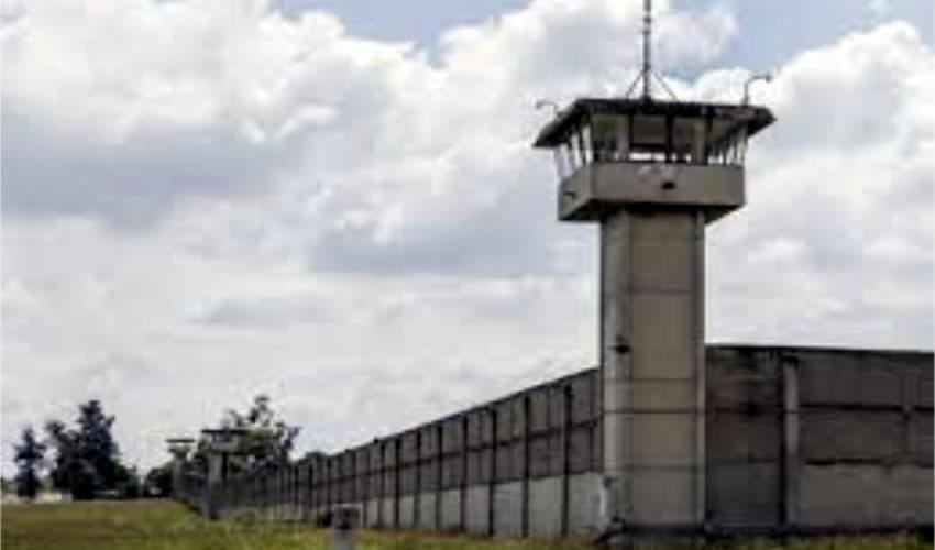 Fracasa el sistema  carcelario de Jalisco