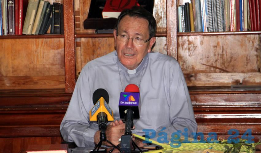 Caló Fuerte al Obispo el Asesinato del Padre de Familia Frente a Escuela