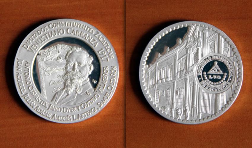 Con Medalla Conmemorativa Celebra 15 Años la Sociedad Numismática de Zacatecas