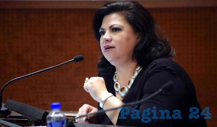 """Lorena Oropeza Muñoz, legisladora por el Partido Acción Nacional: """"El Gobierno del Estado tiene, una visión de darle al pueblo pan y circo"""" (Foto: Rocío Castro Alvarado)"""