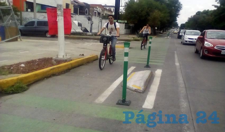 Con más de 13 mil votos de diferencia, el Sí Debe se impuso sobre el No Debe permanecer la ciclovía en Bulevar Marcelino García Barragán/Foto: Archivo Página 24