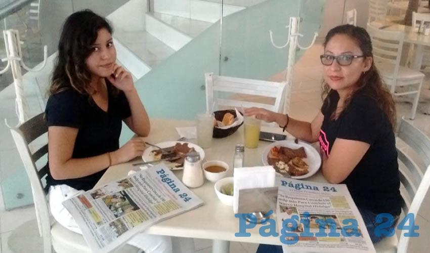 En el restaurante Del Centro, almorzaron Aiko Paz y Karim Coral, quienes nos visitan de Tlaxcala y Villa Hermosa, respectivamente