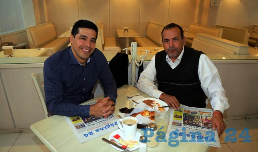 En el restaurante Del Centro almorzaron Leonardo Montañez Castro, secretario del Ayuntamiento de Aguascalientes, y Refugio Alfaro Guerrero