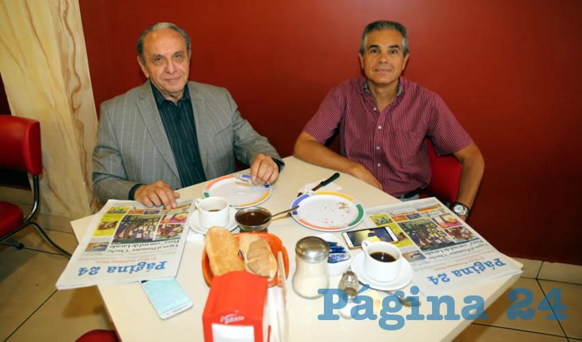 En el restaurante Mitla almorzaron Tomás López Méndez y Eduardo Arredondo Lara, integrantes del Colegio de Abogados del Estado Aguascalientes