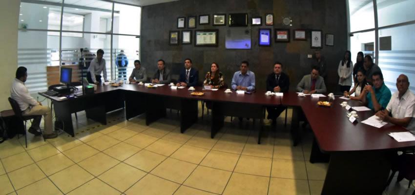 La alcaldesa de Aguascalientes visitó el Centro de Control, Comunicación y Comando (C4), donde superviso los avances de la nueva tecnología