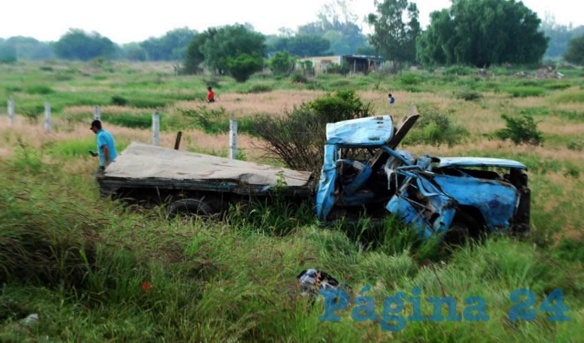 Dos Heridos Graves, en Choque-Volcadura
