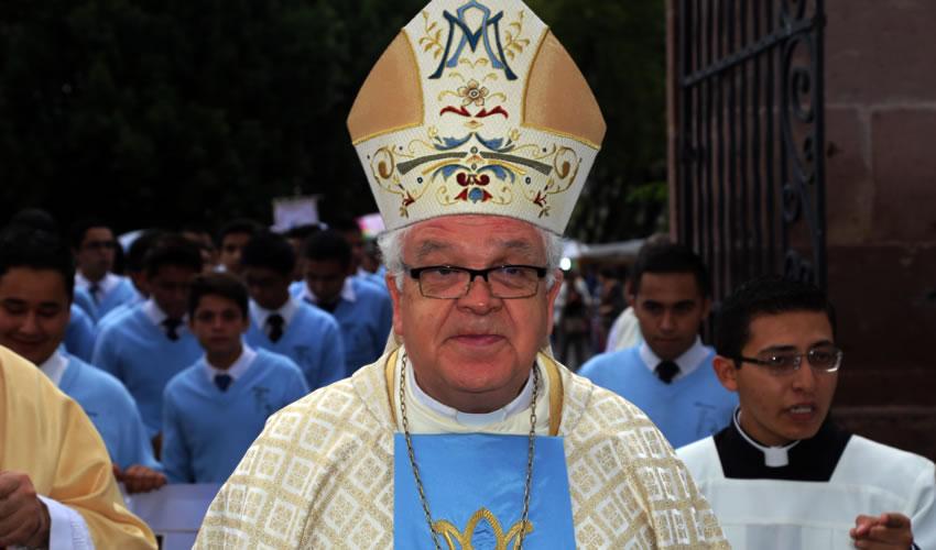 José María de la Torre Martín ...retador: Dios está conmigo...