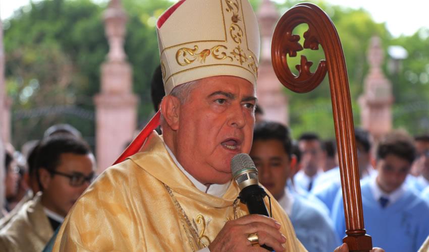 Emilio Carlos Berlié Belaunzarán ...sólo Dios es dueño de la vida...
