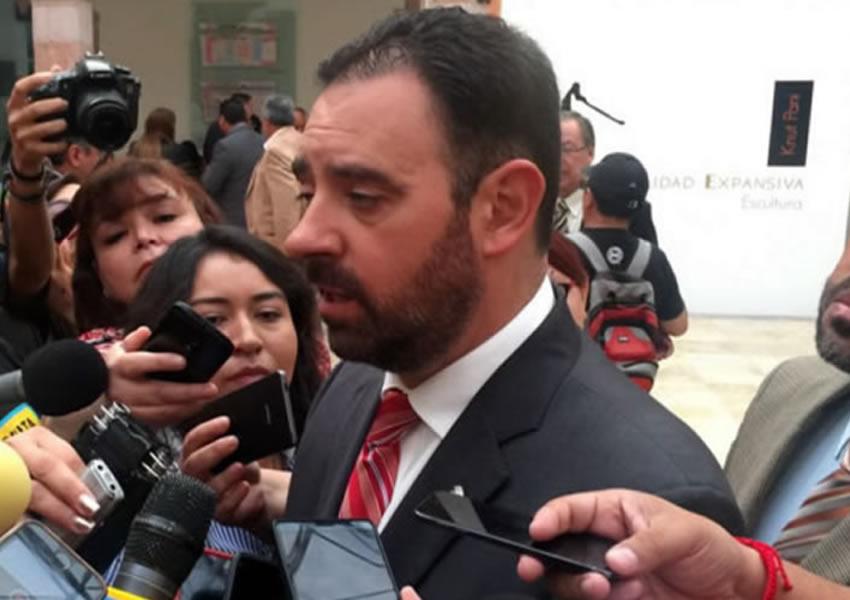 Algunos Medios y Periodistas me Tunden Porque no Cedo a sus Chantajes: Gobernador