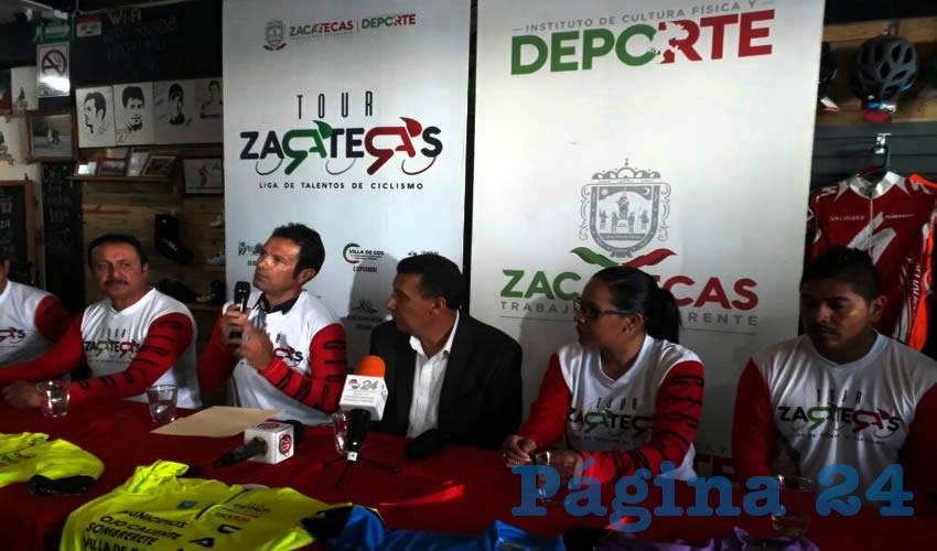 Se llevó a cabo la presentación de la Liga Tour de Zacatecas de Talentos en Ciclismo, con la presencia de Adolfo Márquez Vera, director del Instituto de Cultura Física y Deporte en Zacatecas (Incufidez) (Foto: Alberto Núñez Hernández)