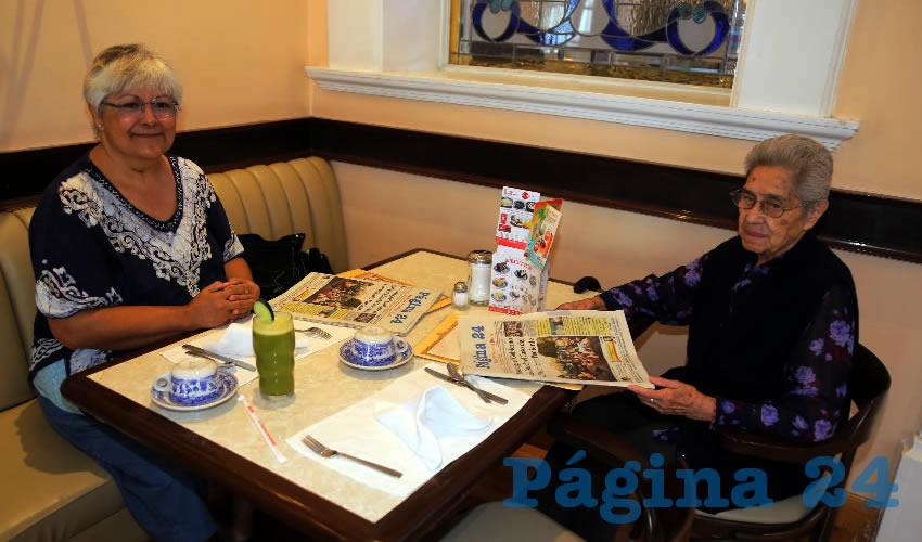En Sanborns Francia almorzaron Norma Pinedo Ortega y María Anastacia Ortega Martínez