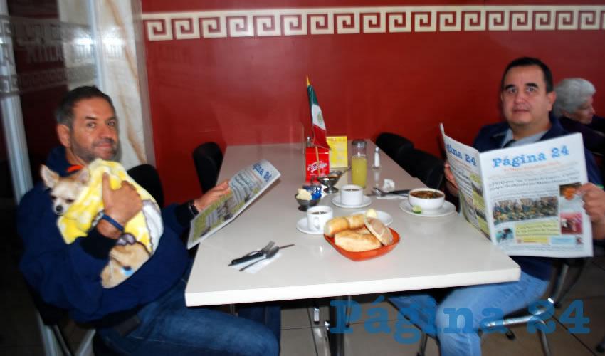 Eduardo del Valle y Manuel Castillo desayunaron en el restaurante Mitla