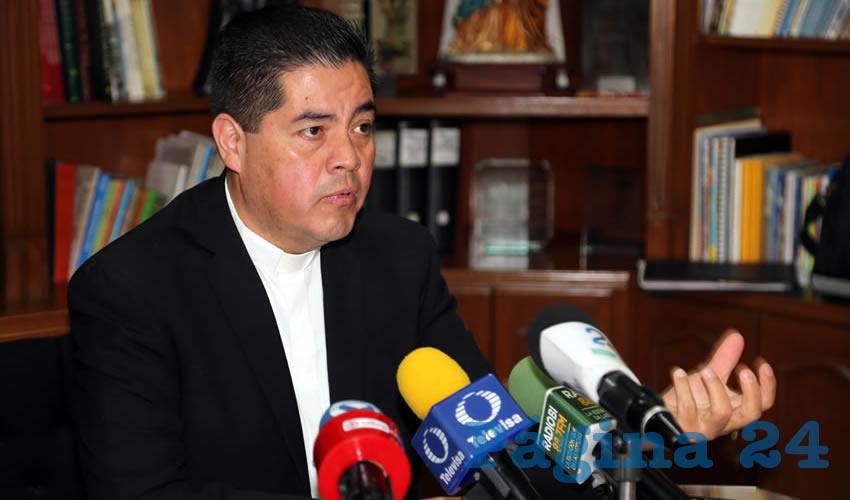 Carlos Alberto Alvarado Quezada, vocero de la Diócesis de Aguascalientes, le responde a Ignacio Ruelas (Foto: Eddylberto Luévano Santillán)