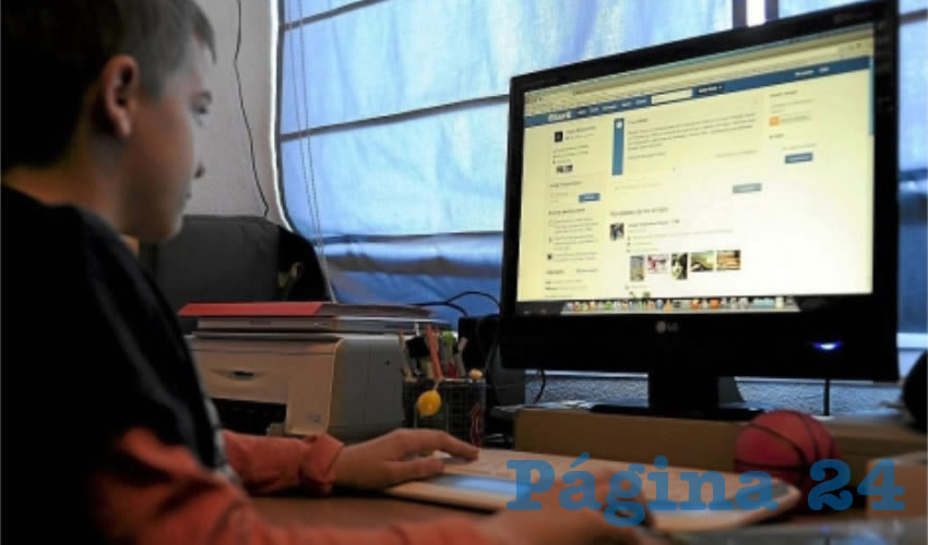 No sólo los menores de edad, también los adultos están expuestos a ser víctimas de usuarios malintencionados quienes usan tecnología para robar datos o suplantar la identidad, llegando a saquear cuentas de bancos y echando a perder la reputación/Foto: Cortesía
