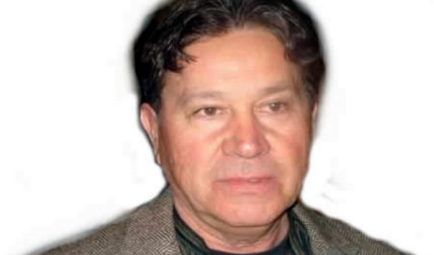Sin siquiera corroborar la identidad de quien lo ofendía, Mario de Santiago, presidente del Banco de Alimentos en Colotlán, arribó –pistola en mano– al domicilio del periodista Francisco Barba para amenazarlo de muerte/Foto: Cortesía