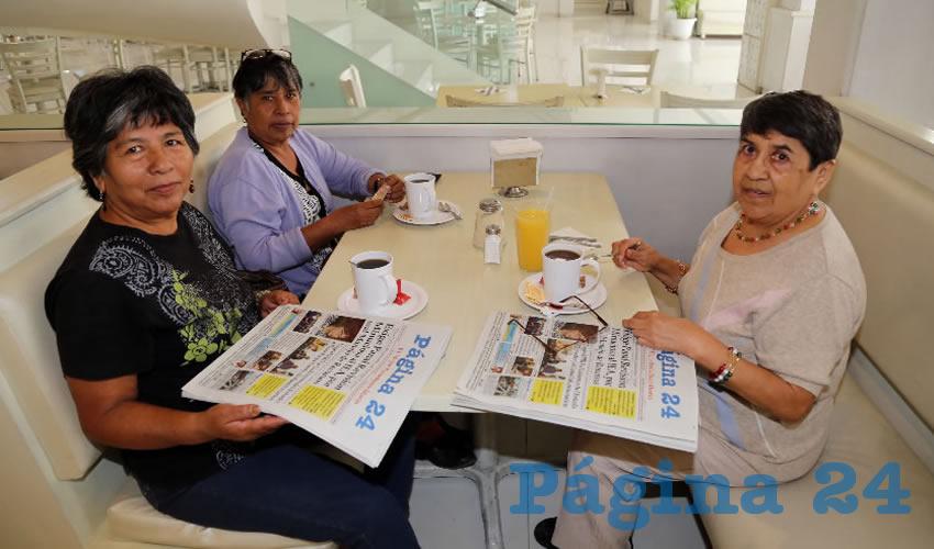 En el restaurante Del Centro almorzaron Leo Lara de Luna, Juanita Jiménez Díaz e Hilda Vázquez