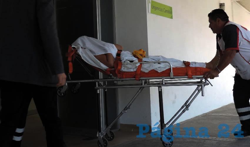 Momento en que Mónica Alejandra López Gómez es ingresada al hospital MAC, en donde fue intervenida quirúrgicamente, con éxito