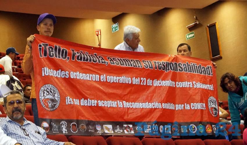 El diputado Santiago Domínguez también exigió a Fabiola Torres que asegurara el retiro de la empresa minera, ya que al igual que los pobladores corren peligro la vida de los trabajadores (Foto Merari Martínez Castro)