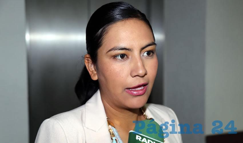 Claudia Guadalupe de Lira Beltrán ...ambicioso, se pasó de lanza...