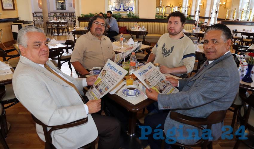 En Sanborns Francia almorzaron los abogados Enrique González Aguilar, Rodolfo Velasco Ramírez, Juan Pablo Velasco de la Torre y Juan Manuel Aguilera Navarro