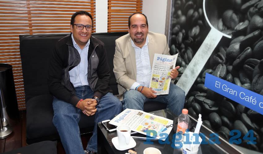 Eduardo Martín Jáuregui, titular de la Comisión Estatal de los Derechos Humanos; y el arquitecto Antonio López Muñoz, compartieron el primer alimento de la mañana en Sanborns Francia