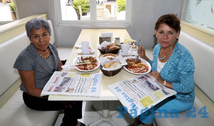 En el restaurante Del Centro desayunaron Paula Zarate de Rosetti y Beatriz Ávila Luna