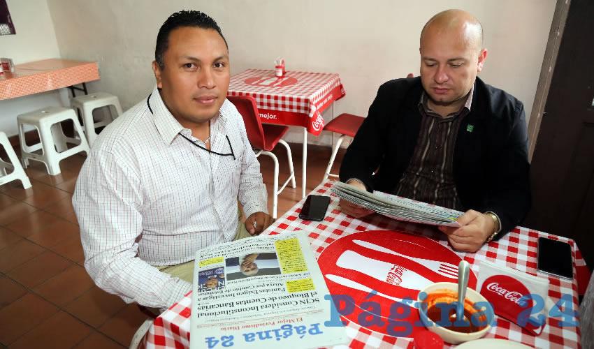 En Gorditas Maravilla compartieron un rico desayuno Jaime Serrano Domínguez y Hugo Guardado Rodríguez