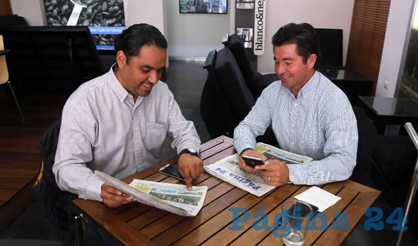 En Café Punta del Cielo departieron Emanuelle Sánchez Nájera, presidente del Comité Directivo Estatal del PRD; y Jorge López Martín, diputado federal por el PAN