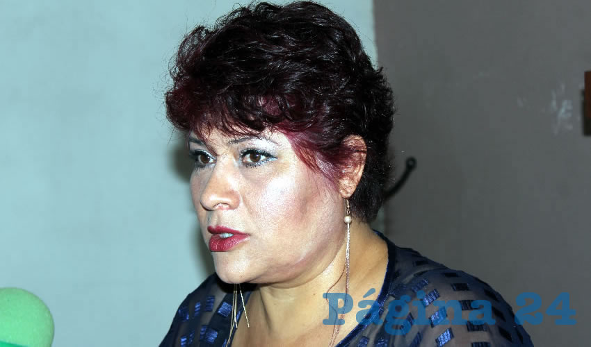 Rueda de prensa de la delegada estatal del Colegio Nacional de Abogados Juaristas, Juana María Martínez Flores (Foto: Eddylberto Luévano Santillán).