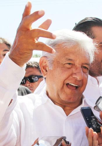 Andrés Manuel López Obrador ...en caballo de hacienda...