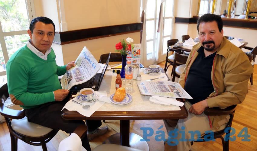En Sanborns Francia almorzaron Alejandro García Bautista y José Alonso Cardona