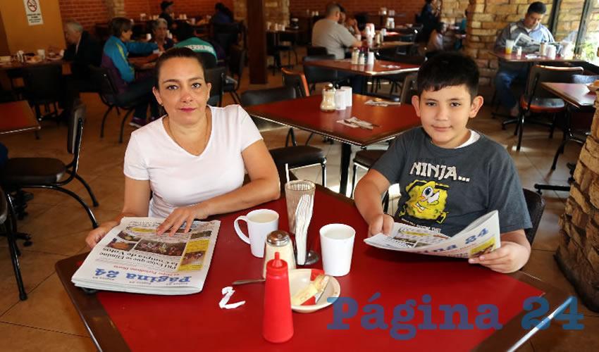 Lucero Acevedo Barrera y Guillermo González Acevedo almorzaron en el restaurante Las Antorchas