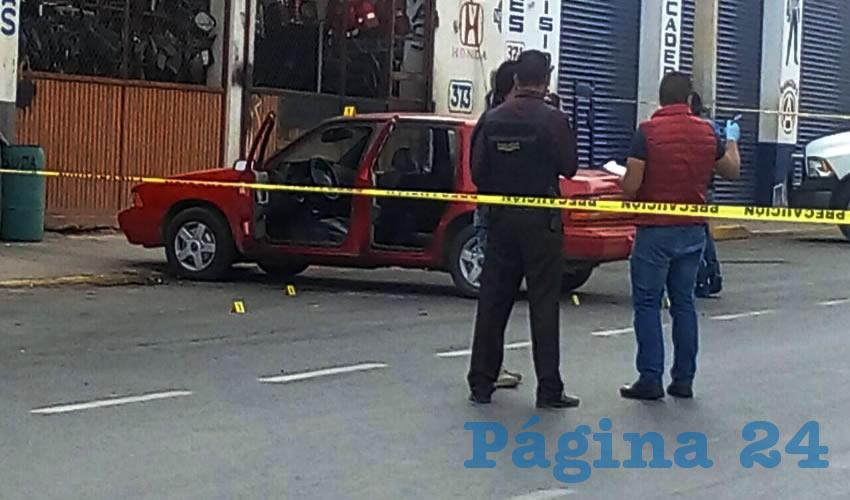 """En frente al establecimiento comercial denominado Autopartes """"El Monito"""" un hombre fue herido a balazos de grueso calibre (Fotos: Cortesía)"""