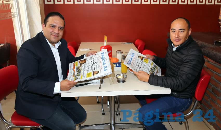 En el Mitla desayunaron José Juan Sánchez Barba, presidente del Comité Directivo Municipal del PAN en Aguascalientes; y Marcos Zamora Díaz