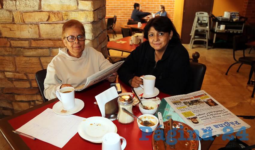 En Las Antorchas compartieron el primer alimento del día Silvia Juárez Girón y Areli Lozano Moreno
