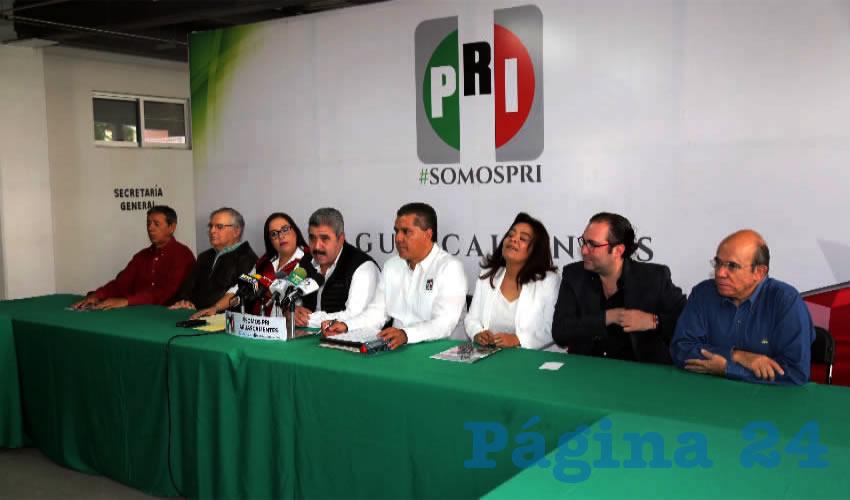 Conferencia de prensa del PRI (Foto: Eddylberto Luévano Santillán)