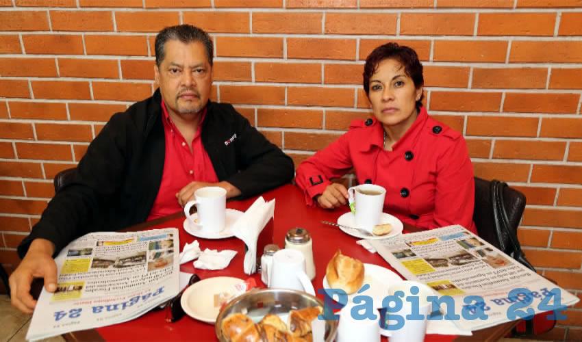 En Las Antorchas desayunaron Gerardo Silva López y Guadalupe Hernández Díaz, nos visitan de Zacatecas