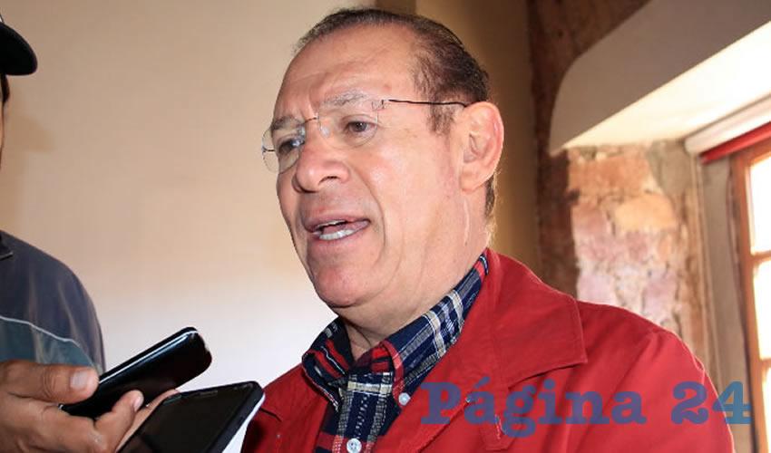 Pedro de León Mojarro, aspirante a candidato independiente al senado de la república (Foto Rocío Castro Alvarado)